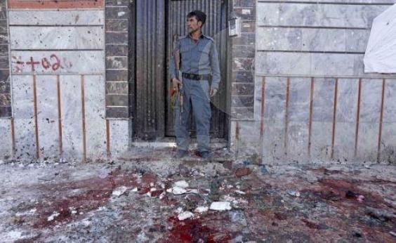 Atentado deixa 31 mortos em Cabul