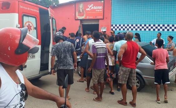 Teixeira de Freitas: carro desgovernado derruba parede e atinge duas crianças