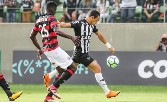 Kanu lamenta falhas individuais contra o Atlético-MG