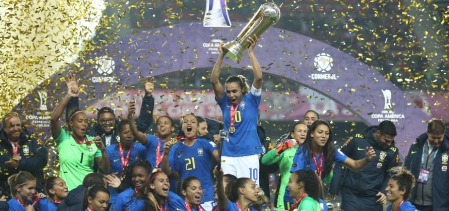 [Com 100% de aproveitamento, seleção feminina de futebol vence Copa América]