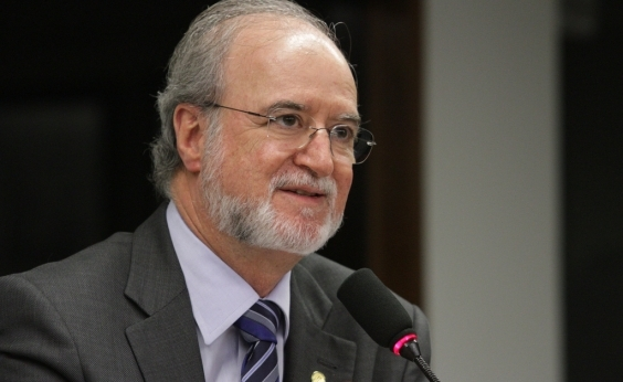 Justiça mineira julga hoje mais um recurso de Eduardo Azeredo