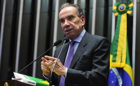 Gilmar Mendes nega arquivar inquérito sobre Aloysio Nunes