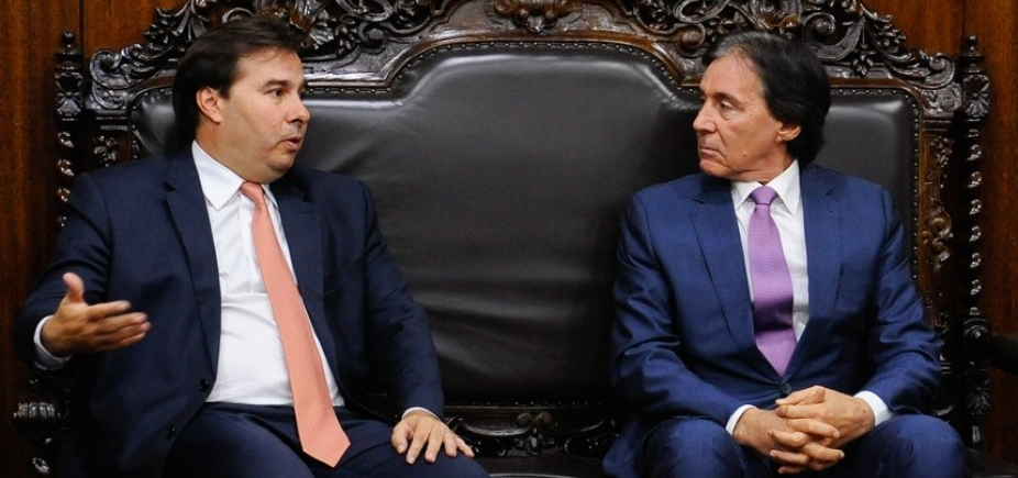 [Presidentes da Câmara e Senado foram avisados sobre ações da PF ]