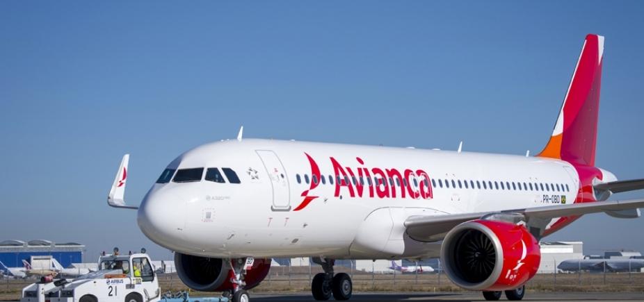 [Passageiro desmaia e outros se revoltam com calor em voo da Avianca; vídeo]