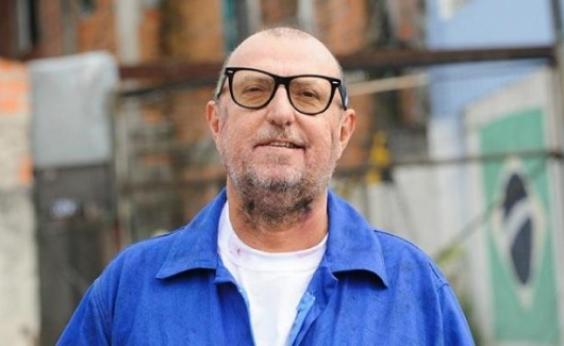 ʹVejo mais gente chorando pela dupla Ba-Vi do que por um ator canarinhoʹ, diz escritor