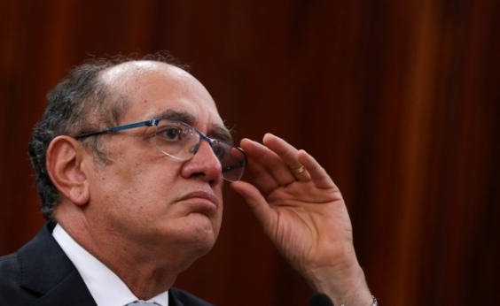 Foro especial deve cair, diz Gilmar Mendes em debate