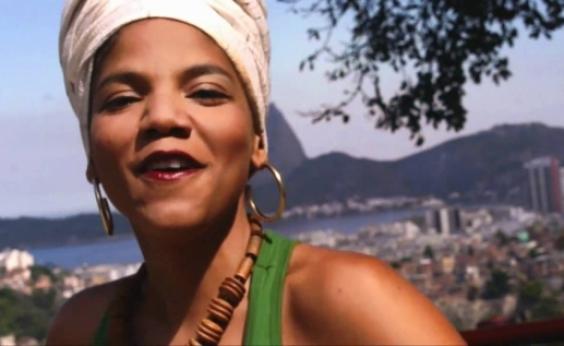 Juliana Ribeiro denuncia racismo em cadastramento biométrico