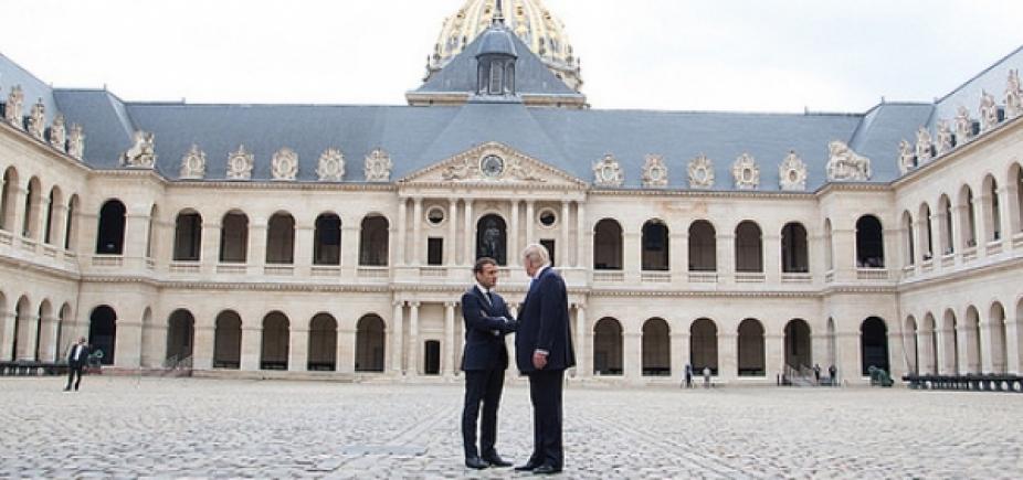 [Ao receber Macron, Trump critica acordo do Irã]