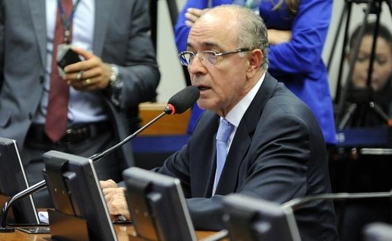 Aleluia ataca Rui: 'Cooptar prefeitos não é mostrar prestígio'