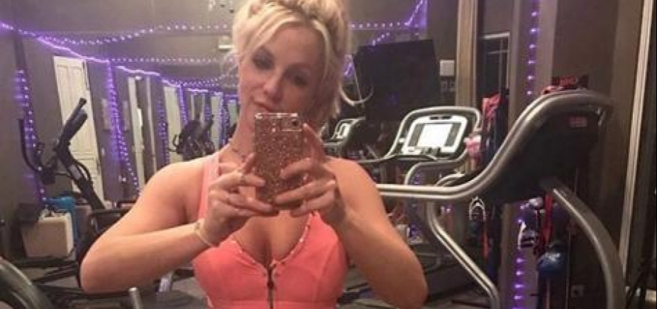 [Britney Spears treina para turnê ao som de Anitta; vídeo]