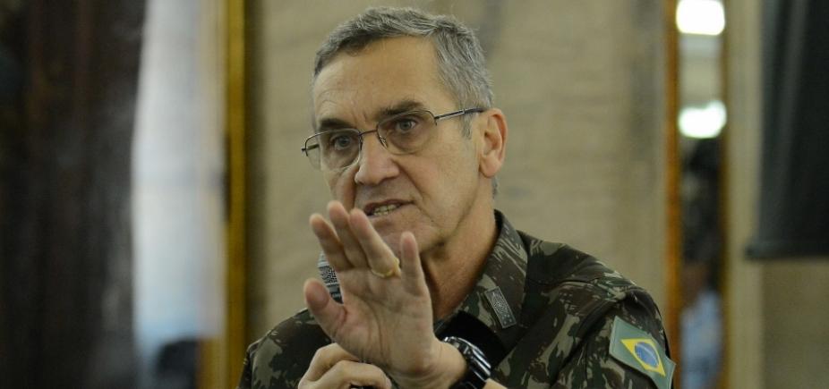 [General Eduardo Villas Bôas é internado em Brasília]