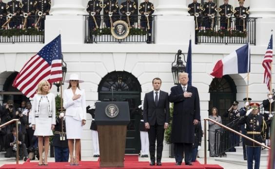 Trump e Macron demonstram aproximação durante visita de presidente francês
