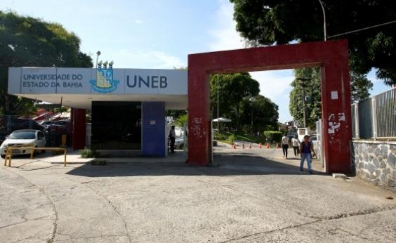 Professores paralisam atividades e aulas são suspensas em universidades baianas
