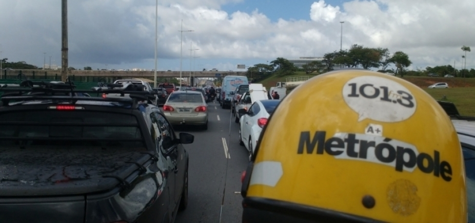 [Chuvas dão trégua, congestionamentos não: veja quais vias evitar em Salvador ]