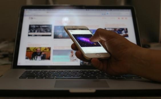 Acesso à internet pela TV aumenta 40% em 2017, diz IBGE