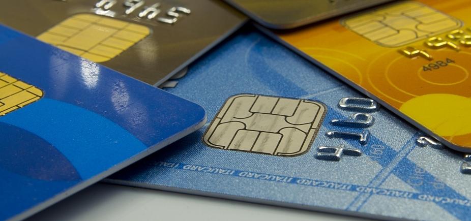 [Governo limita juros do rotativo do cartão e acaba com pagamento mínimo de 15% da fatura]