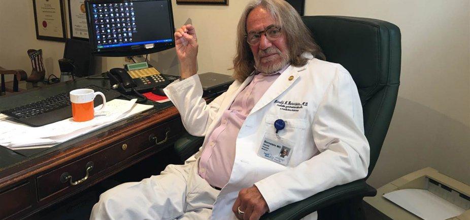 [Ex-médico de Trump denuncia 'saque' de relatórios médicos do presidente]
