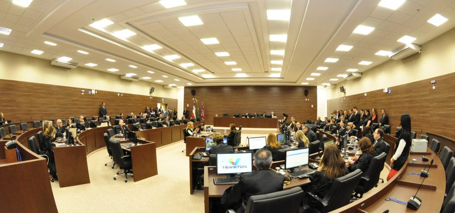 [Auxílio-moradia pago a juízes e desembargadores baianos custou mais de R$ 2,5 milhões em um único mês]