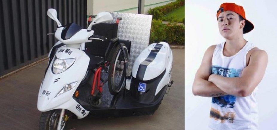 [Jovem com paralisia ganha triciclo de Whindersson Nunes, mas fabricante 'come' dinheiro]