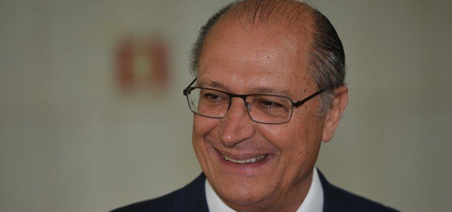 [Em jantar com o PP, Alckmin despista sobre predileção entre França e Doria]