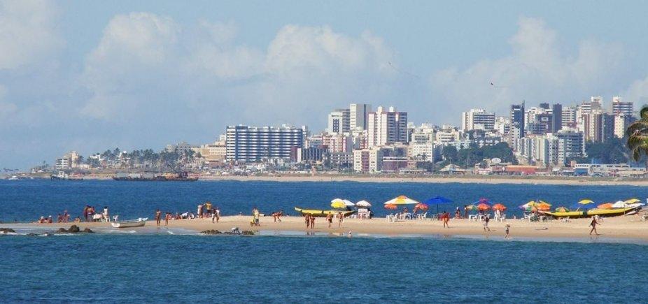[Vinte praias de Salvador estão impróprias para banho neste final de semana; confira a lista]