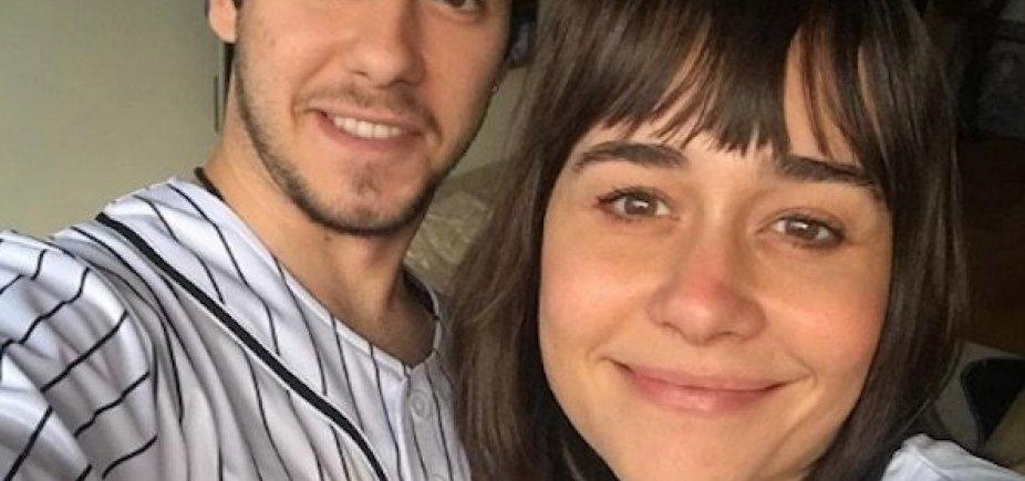 [Alessandra Negrini comenta fotos do filho e diverte seguidores]