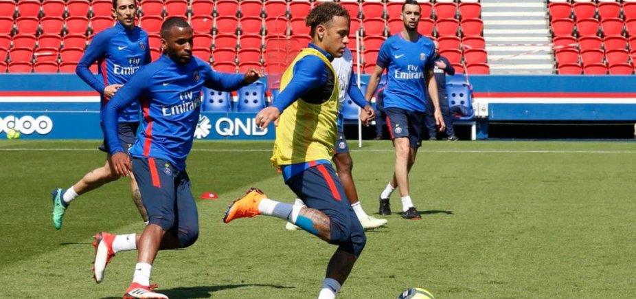 [PSG divulga vídeo com primeiro treino de Neymar após lesão]