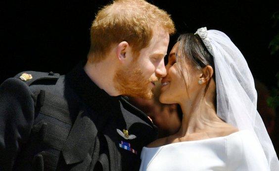 [Harry e Meghan se casam em cerimônia recheada de quebra de protocolos]