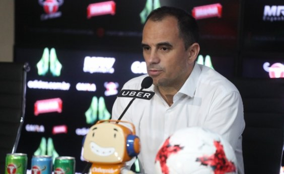 [Vitória tenta Rodrigo Caetano, mas dirigente alega 'questão pessoal']