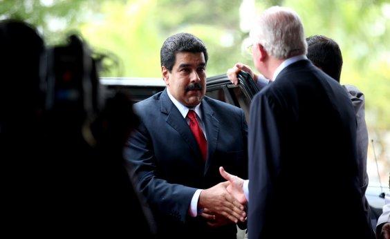 [Venezuelanos vão às urnas com Maduro favorito]