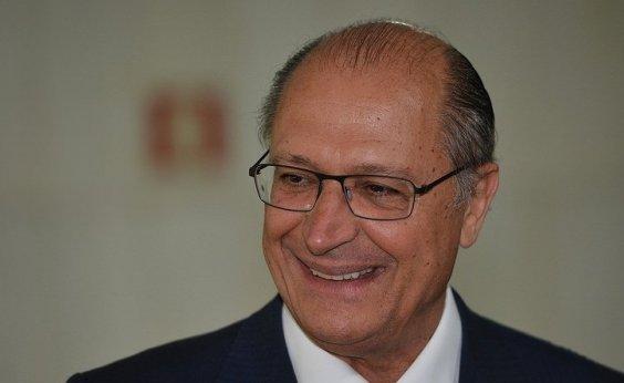 ['Pode haver alguém tão íntegro como eu, mas mais não tem', diz Alckmin]