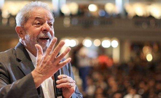 [Preso, Lula já recebeu mais de 12 mil cartas de apoio]