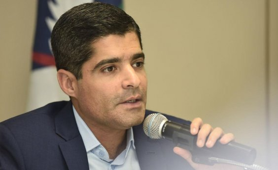 [Prefeitura anuncia reajuste de 2,7% para rodoviários: 'Só falta assembleia referendar para acabar a greve', diz Neto]