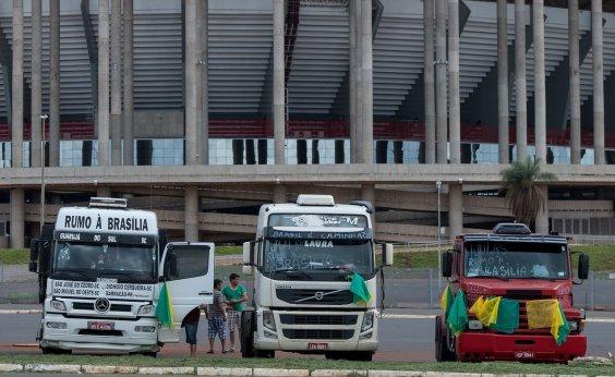 [Greve dos caminhoneiros deve impactar a economia e levar a aumentos de preços, dizem analistas]