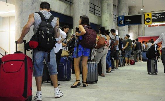 [Cresce número de aeroportos sem combustível no país]