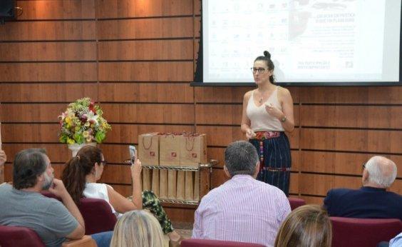 [Chef Paola Carosella coordena projeto de empregabilidade de jovens em situação vulnerável]