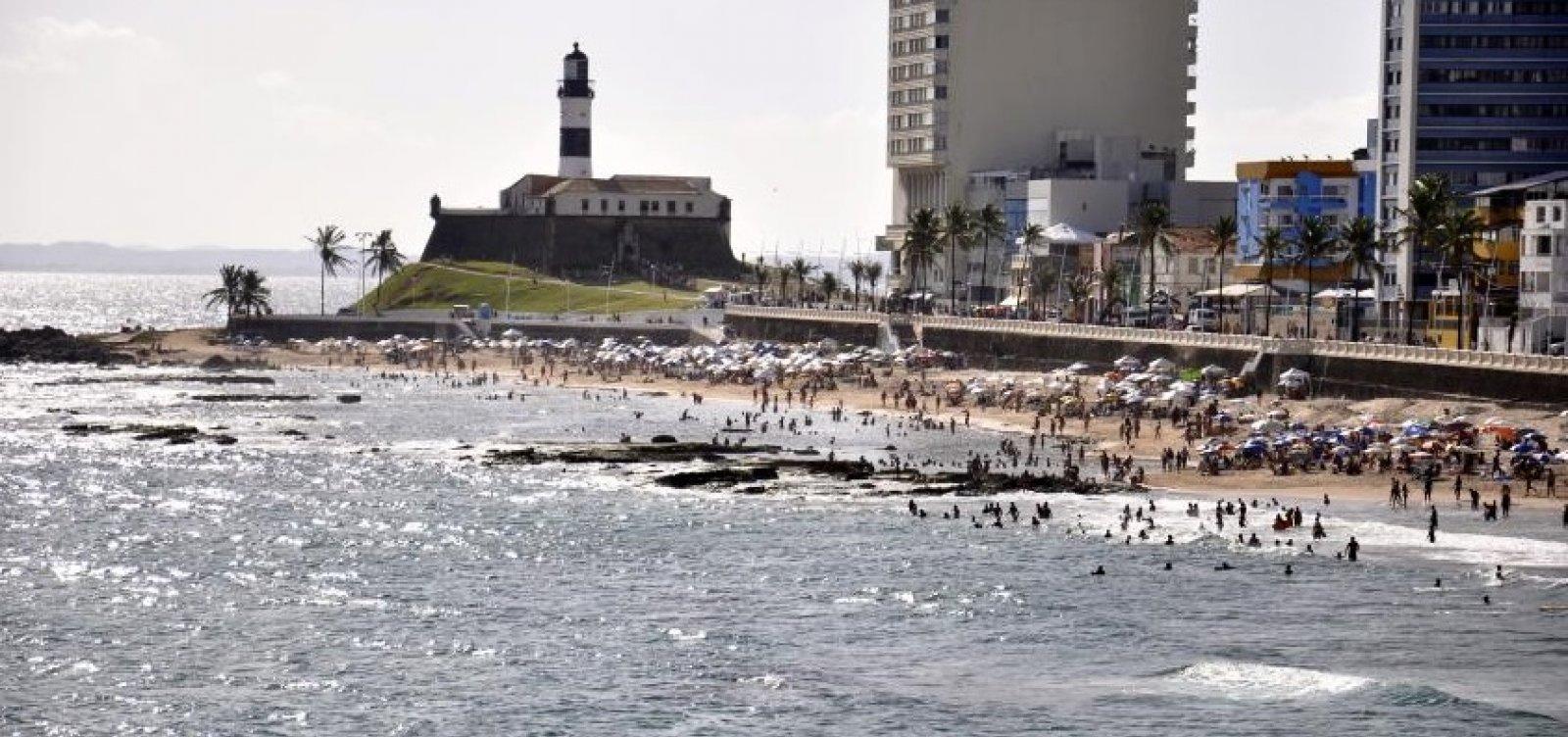 [Saiba quais praias estão impróprias para banho hoje em Salvador]