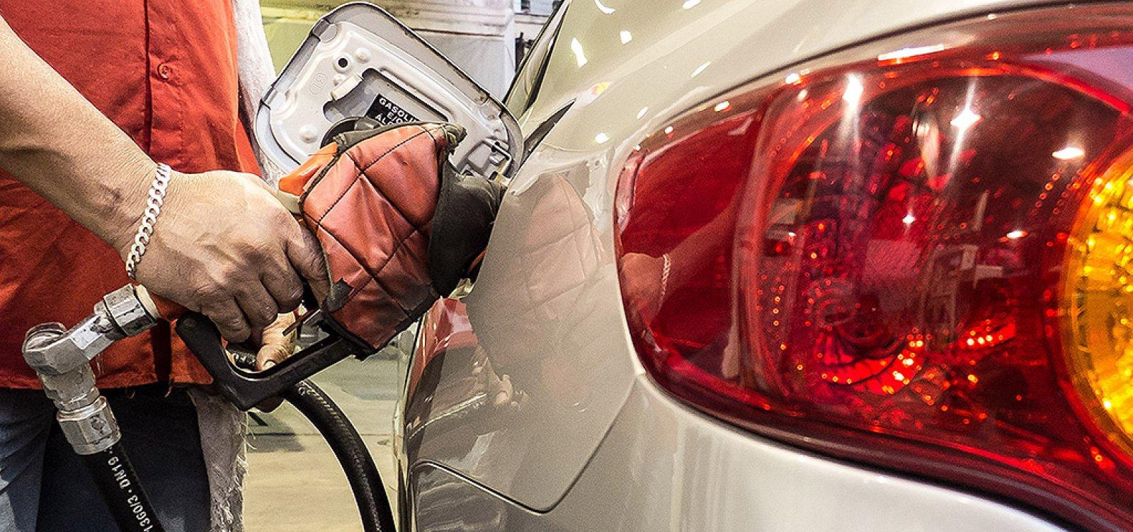[Depois do diesel, Planalto fica em alerta com insatisfação sobre preço da gasolina ]