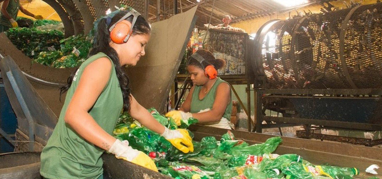 [Pesquisa aponta que 81% dos baianos não separam materiais recicláveis]