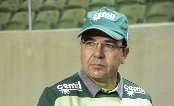 [Enderson Moreira aceita proposta para treinar o Bahia]