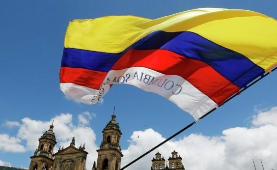 [Colômbia vai às urnas hoje para escolher novo presidente]