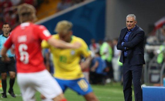 [Tite cita 'ansiedade' da seleção e critica árbitro por erro contra o Brasil]