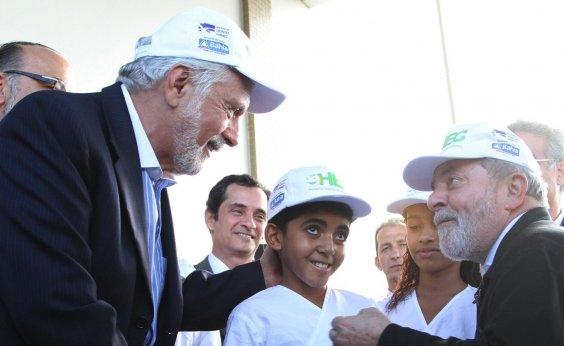 [Wagner recusa pedido de Lula para ler carta no lançamento da campanha]
