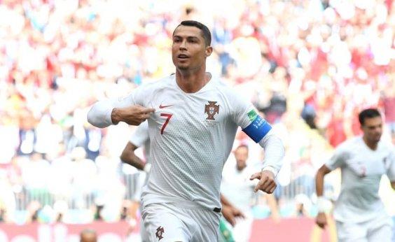 [Cristiano Ronaldo marca, Portugal vence e elimina Marrocos]
