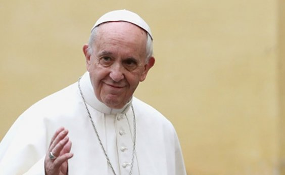 [Papa critica separação de crianças dos pais nos EUA]