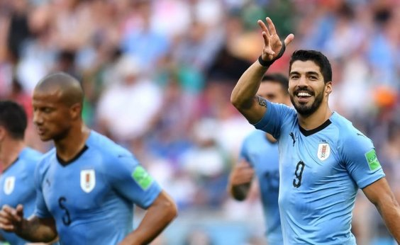 [Uruguai vence Arábia Saudita, se classifica e leva Rússia às oitavas]