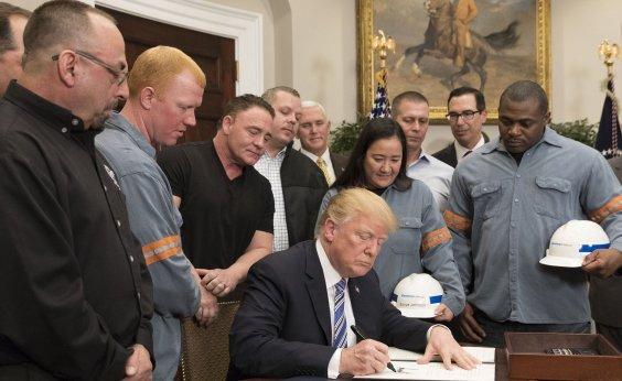 [Presidente dos EUA, Trump assina ordem para suspender separação de famílias de imigrantes]