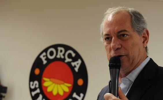 [Justica condena Ciro Gomes a indenizar Eunício Oliveira em R$ 7 mil por dano moral]