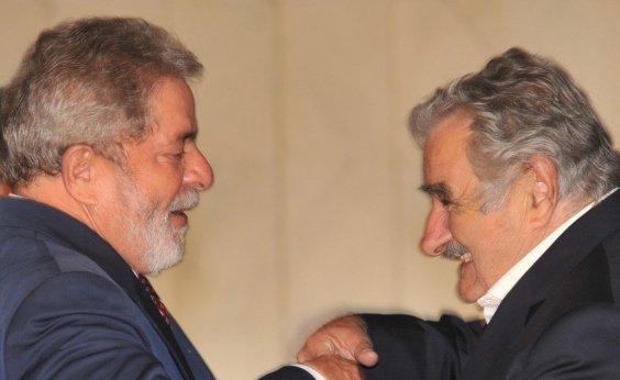 [Mujica visita Lula e conta que discutiram América Latina]