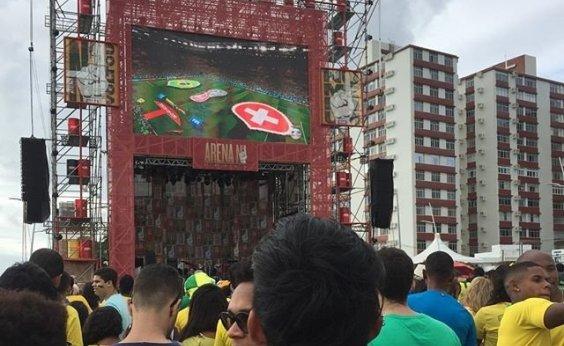 [Show gratuito terá exibição de partida do Brasil na Barra]
